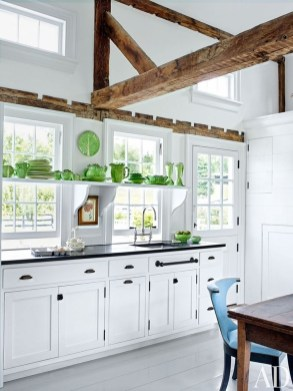 Totally Outstanding Traditional Kitchen Decoration Ideas 123