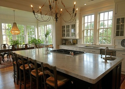 Totally Outstanding Traditional Kitchen Decoration Ideas 133