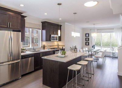 Totally Outstanding Traditional Kitchen Decoration Ideas 23