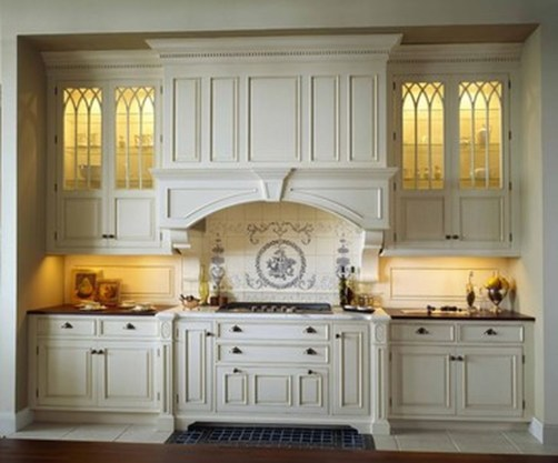 Totally Outstanding Traditional Kitchen Decoration Ideas 53