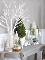 37 Relaxed Beach Themed Christmas Decoration Ideas 03