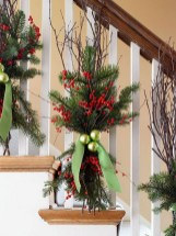 37 Totally Adorable Traditional Christmas Decoration Ideas 23
