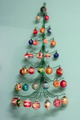 37 Totally Beautiful Vintage Christmas Tree Decoration Ideas 25
