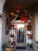 38 Stunning Christmas Front Door Decoration Ideas 01
