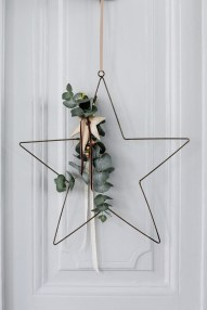 40 Amazing Ideas How To Use Jingle Bells For Christmas Decoration 12