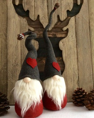 40 Awesome Scandinavian Christmas Decoration Ideas 26