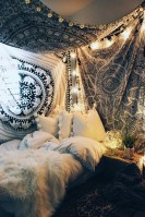 40 Unique Bohemian Bedroom Decoration Ideas 29