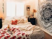 40 Unique Bohemian Bedroom Decoration Ideas 37