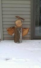 Beautiful Rustic Outdoor Christmas Decoration Ideas 24