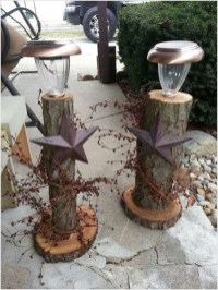 Beautiful Rustic Outdoor Christmas Decoration Ideas 41
