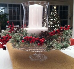Brilliant DIY Christmas Centerpieces Ideas You Should Try 10