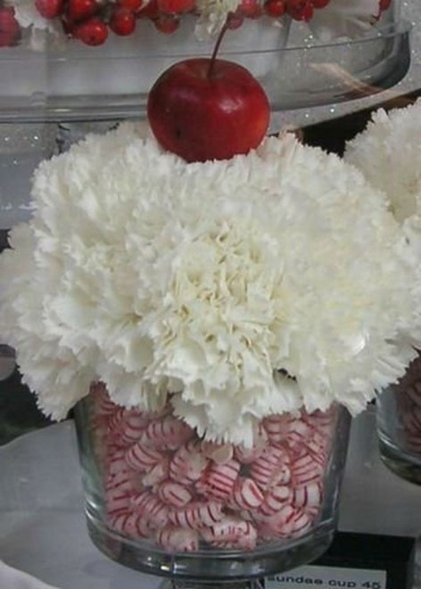 Brilliant DIY Christmas Centerpieces Ideas You Should Try 24