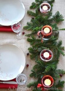Cheap And Easy Christmas Centerpieces Ideas 13