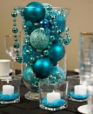Cheap And Easy Christmas Centerpieces Ideas 35