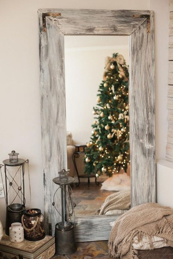 Cozy Christmas House Decoration 04