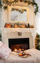 Cozy Christmas House Decoration 20