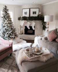 Cozy Christmas House Decoration 27