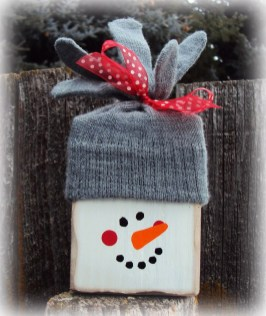 Cute And Cool Snowman Christmas Decoration Ideas 15