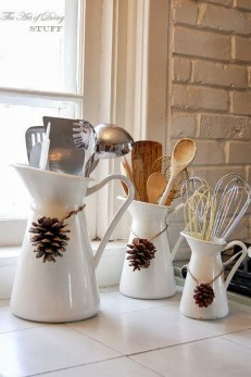 Elegant Rustic Christmas Decoration Ideas That Stands Out 19