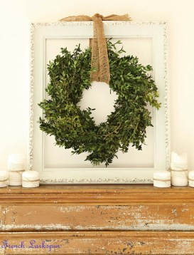 Elegant Rustic Christmas Decoration Ideas That Stands Out 33