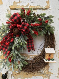 44 Elegant Rustic Christmas Wreaths Decoration Ideas To Celebrate