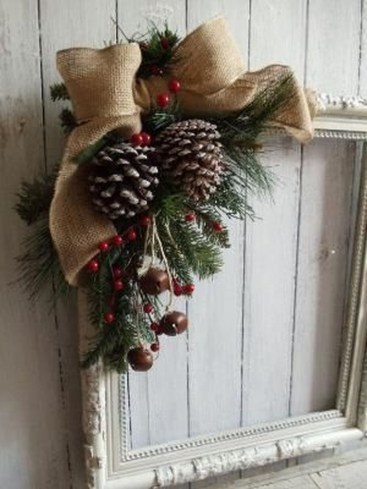 Elegant Rustic Christmas Wreaths Decoration Ideas To Celebrate Your Holiday 14