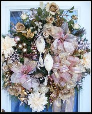 Gorgeous Pink And Gold Christmas Decoration Ideas 01