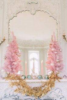 Gorgeous Pink And Gold Christmas Decoration Ideas 02
