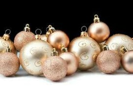 Gorgeous Pink And Gold Christmas Decoration Ideas 18