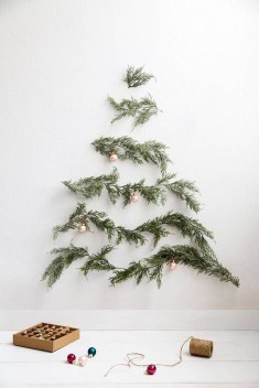 Inspiring Christmas Decoration Ideas For Your Apartment 12