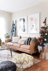 Inspiring Christmas Decoration Ideas For Your Apartment 35