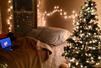 Inspiring Christmas Decoration Ideas For Your Apartment 44