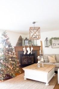 Inspiring Chritsmas Livingroom Ideas 22