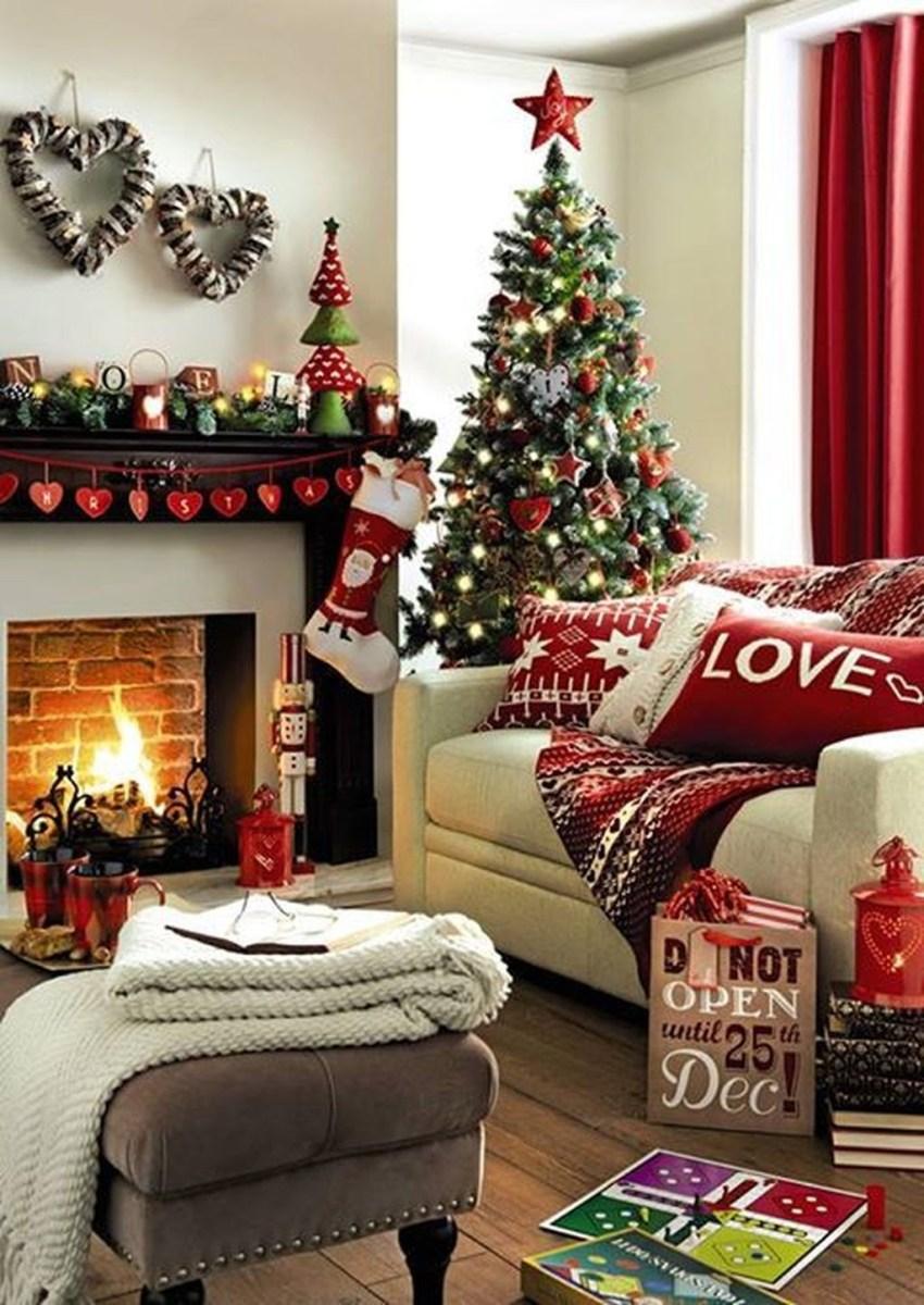 Inspiring Chritsmas Livingroom Ideas 32