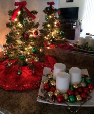 Inspiring Home Decoration Ideas With Small Christmas Tree 20