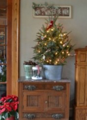 Inspiring Home Decoration Ideas With Small Christmas Tree 27