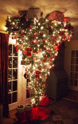 Inspiring Home Decoration Ideas With Small Christmas Tree 34