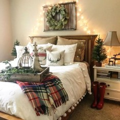 Simple Christmas Bedroom Decoration Ideas 09
