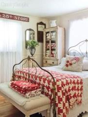 Simple Christmas Bedroom Decoration Ideas 30