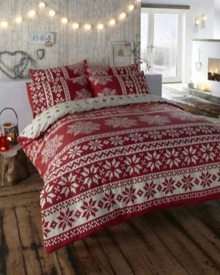 Simple Christmas Bedroom Decoration Ideas 34