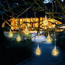 Totally Inspiring Christmas Lighting Ideas You Should Try For Your Home 09