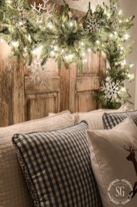 Totally Inspiring Christmas Lighting Ideas You Should Try For Your Home 29
