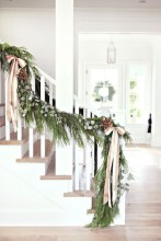 Totally Inspiring Farmhouse Christmas Decoration Ideas To Makes Your Home Stands Out 15