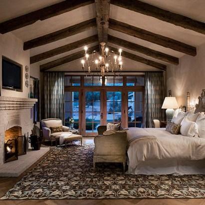 37 Cozy Rustic Bedroom Design Ideas 36