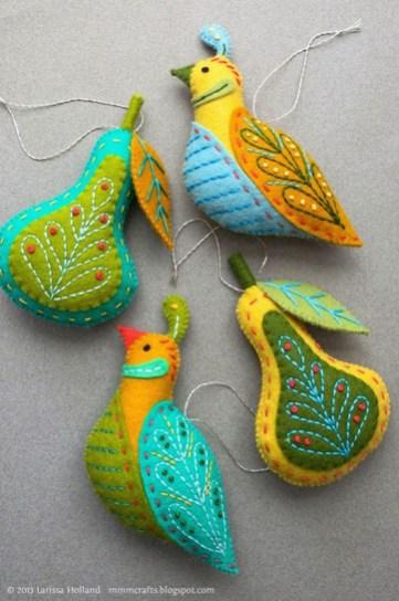 39 Brilliant Ideas How To Use Felt Ornaments For Christmas Tree Decoration 05