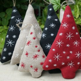 39 Brilliant Ideas How To Use Felt Ornaments For Christmas Tree Decoration 07