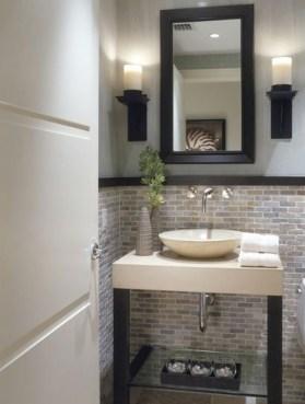 39 Cool And Stylish Small Bathroom Design Ideas09