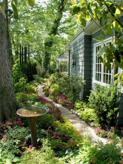 Amazing Backyard Fairy Garden Ideas On A Budget 38
