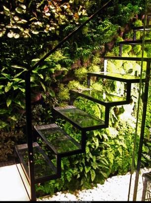 Cool Indoor Vertical Garden Design Ideas 24