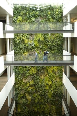 Cool Indoor Vertical Garden Design Ideas 42